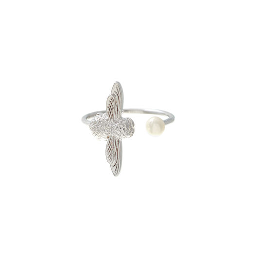 Pearl Bee Silver Ring
