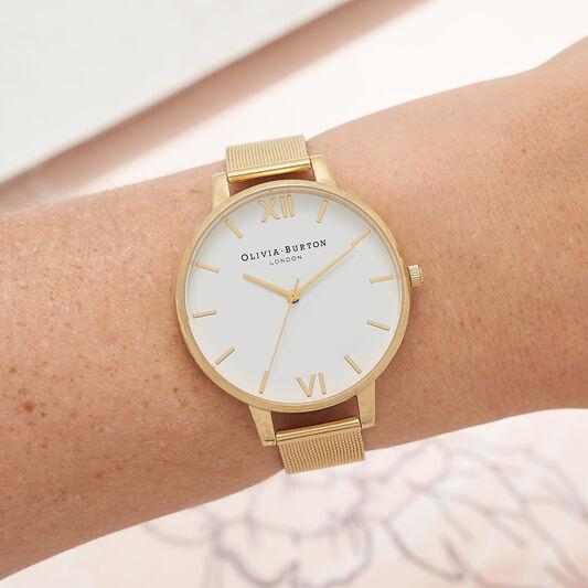 Big Dial Gold Mesh Watch