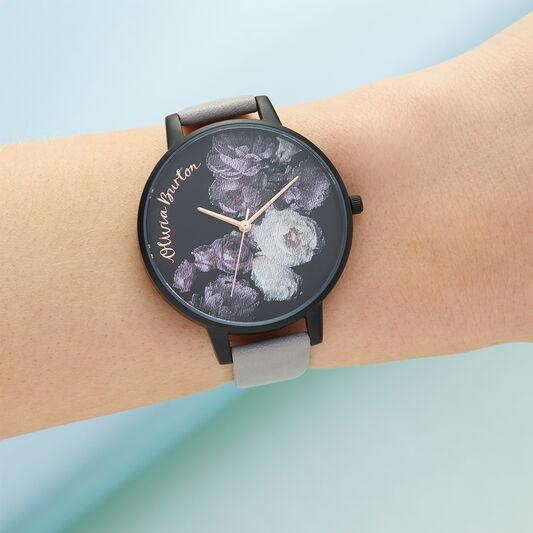 Fine Art Gray Lilac & Matte Black